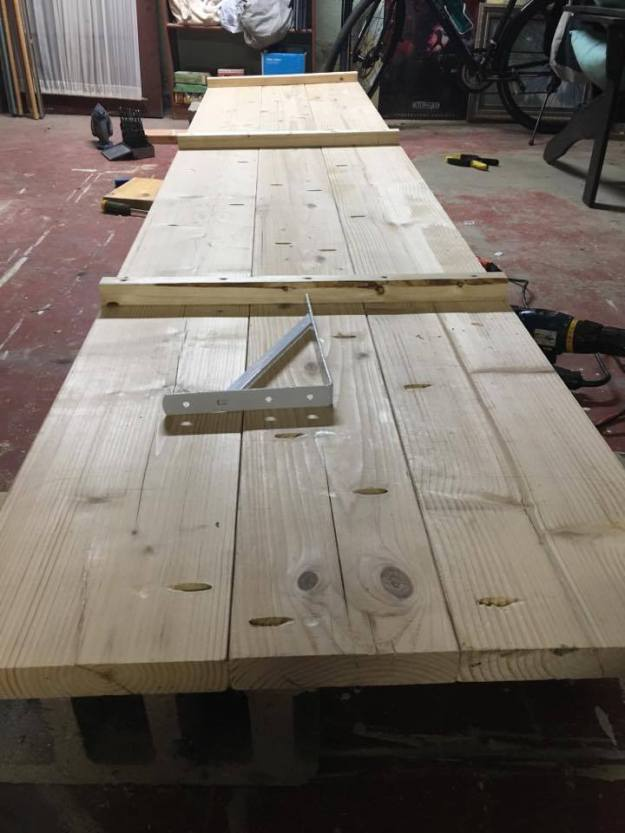 building desk
